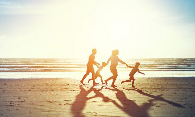 Vacances : cinq aides financières pour mettre les voiles