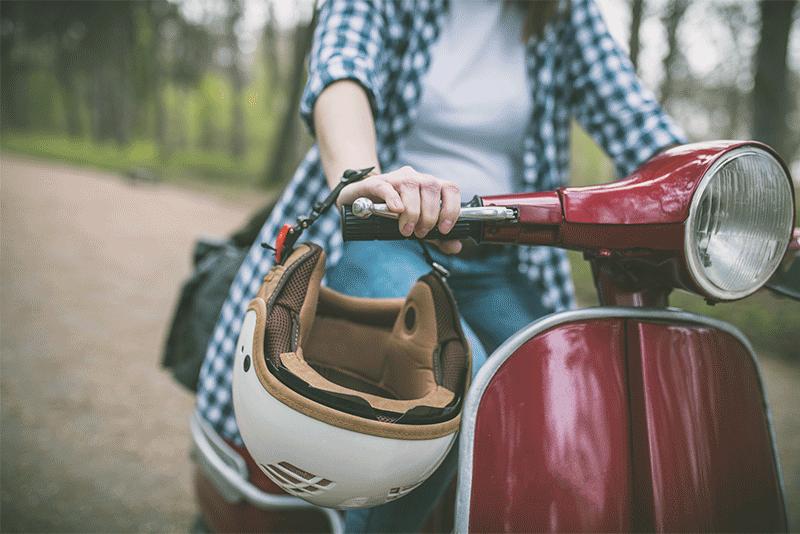 Scooter, moto, voiturette, le permis AM évolue